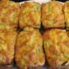 Broccoli Cheese Cornbread Recipe - Cornmeal muffin mix gets a lift from cottage cheese, onion and broccoli in this loaf that goes well with a hearty beef dish.