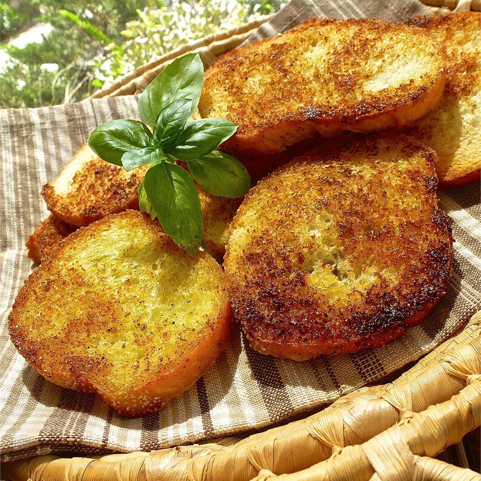 Garlic Crouton Slices