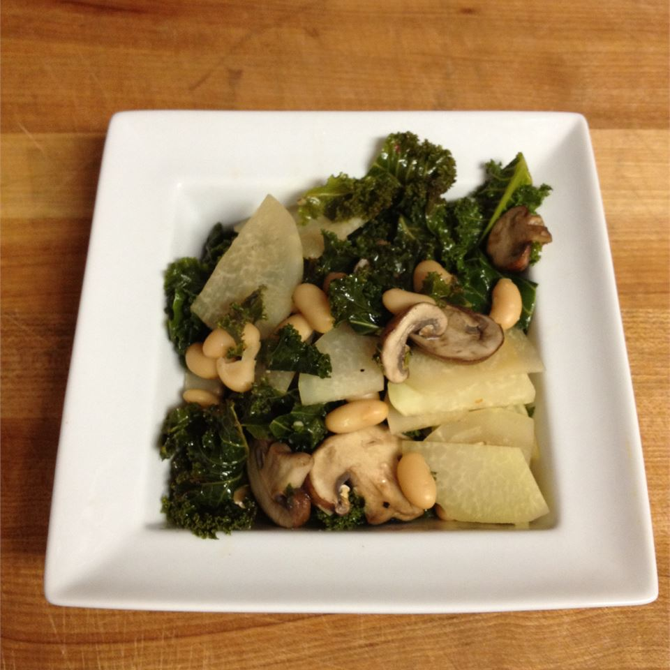 Kohlrabi, Kale, Mushroom, and Bean Saute