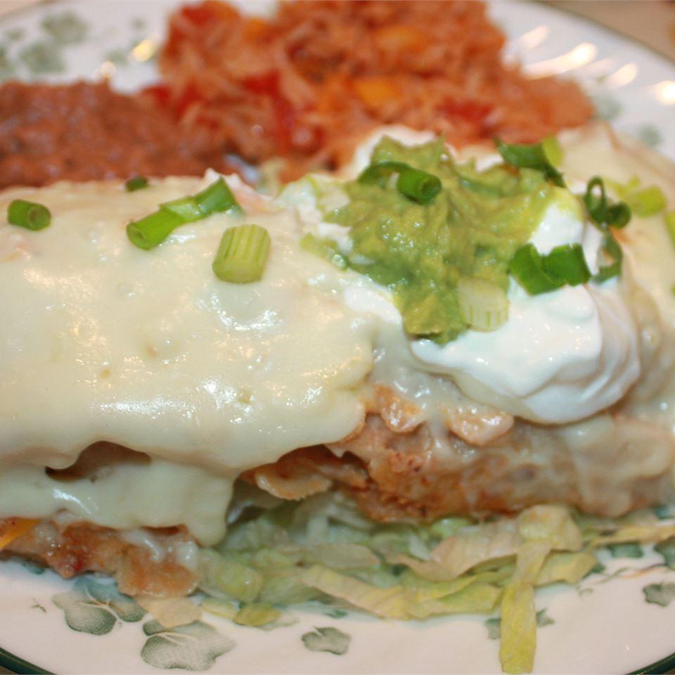 Easy White Chicken Enchiladas LARANEFF
