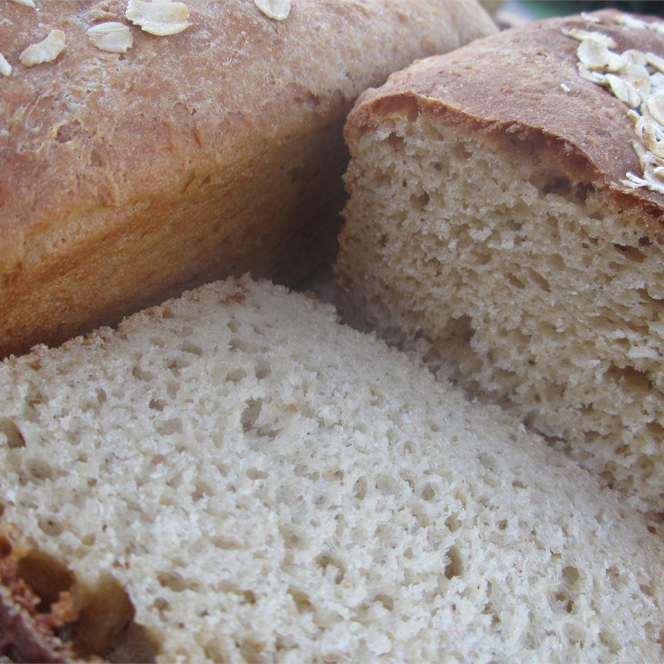 Bread Machine Honey-Oat-Wheat Bread