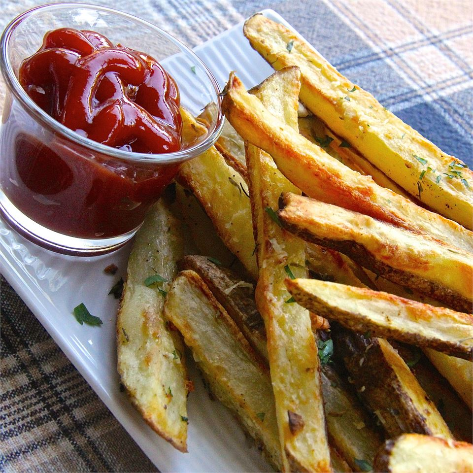 Oven Baked Garlic and Parmesan Fries