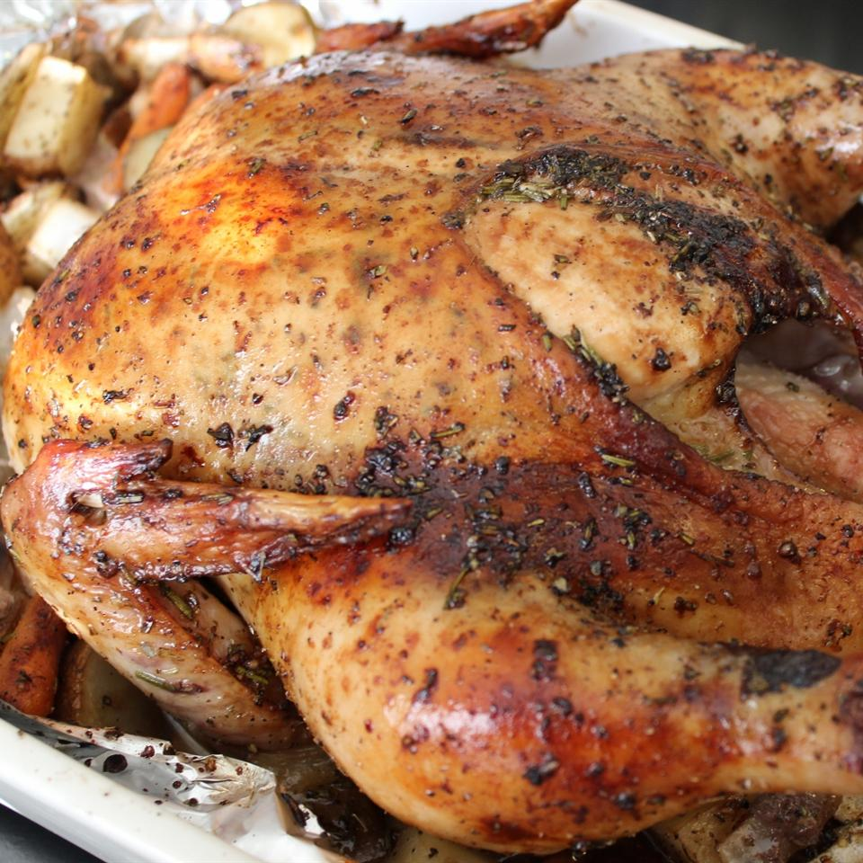 Roasted Herb Chicken and Potatoes mommyluvs2cook