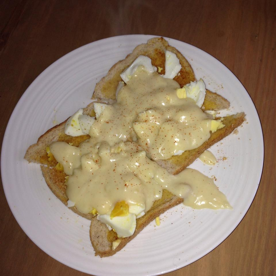 Creamed Eggs Kimwest