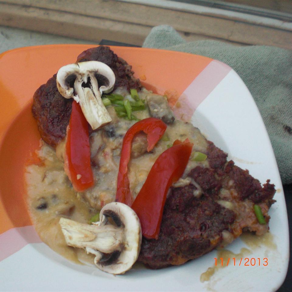 Cheeseburger Meatloaf with Mushroom Sauce