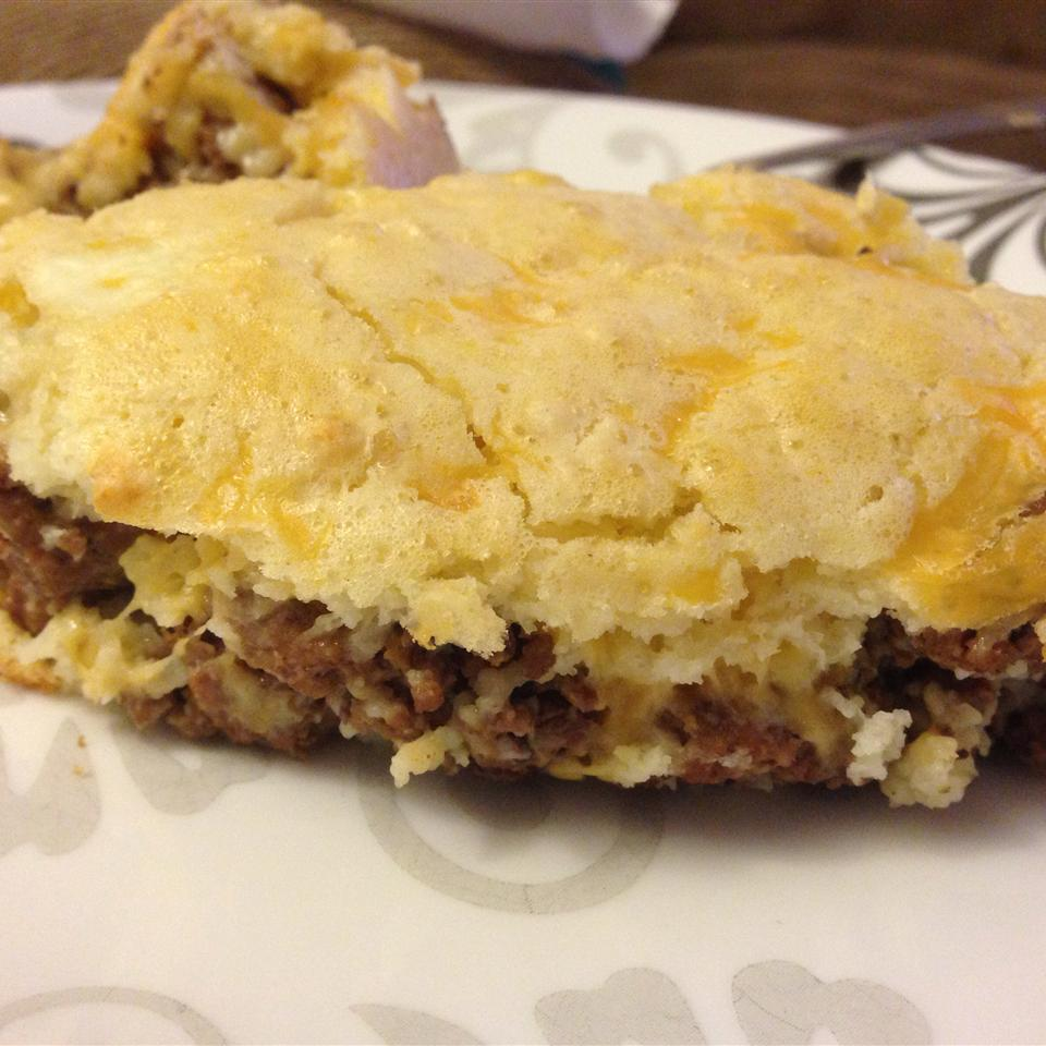 Herald's Impossibly Easy Cheeseburger Pie