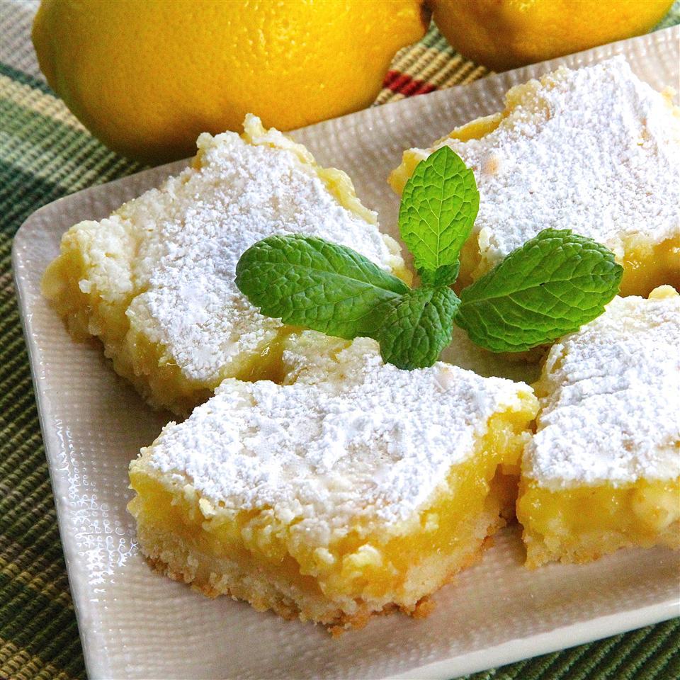 White Chocolate Lemon Bars