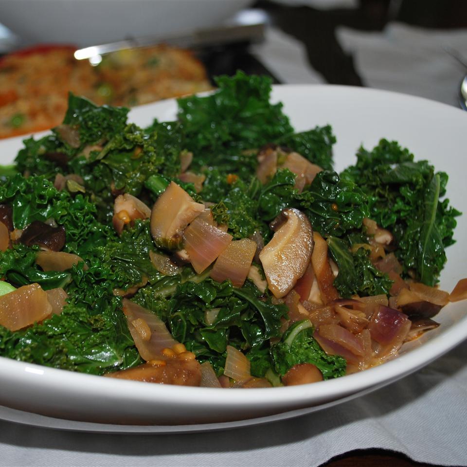 Kale and Mushroom Side