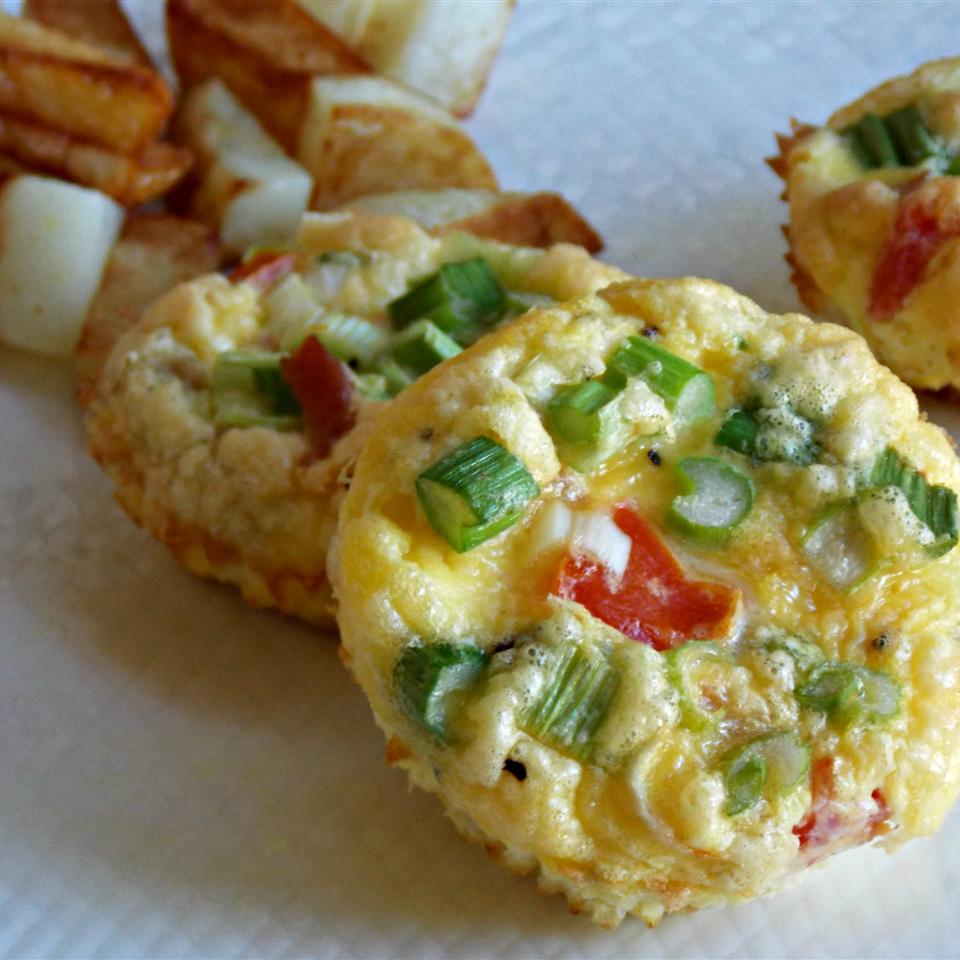 Tomatoes and Bacon Egg Muffins