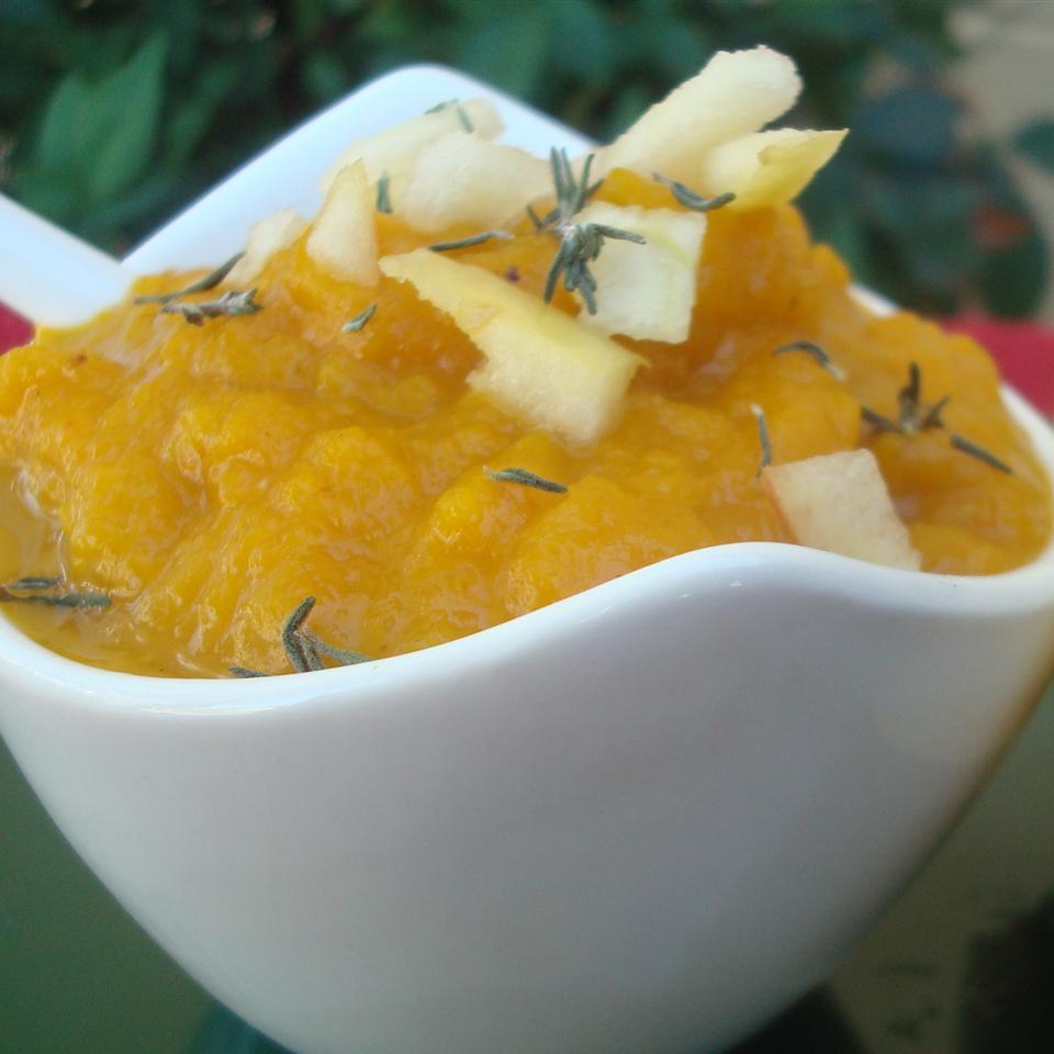 Butternut Squash and Apple Soup daniellegray