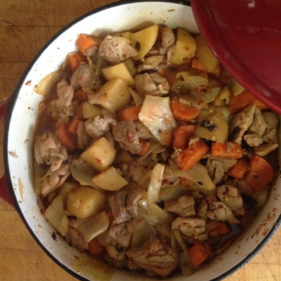 Spicy Korean Slow Cooked Chicken (Dhak Dori Tang) Tonyf