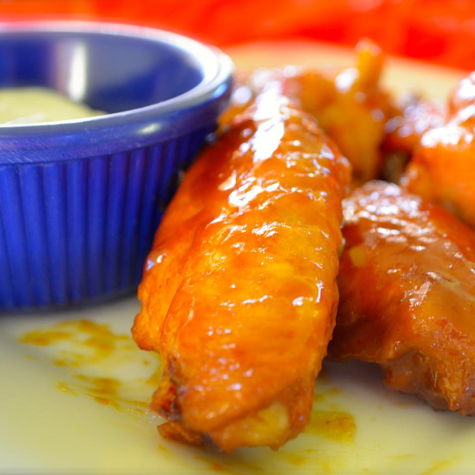Amazing and Easy Chicken Wings Rebecca O- hingham, MA