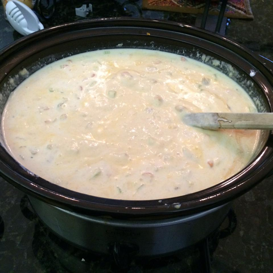 Slow Cooker Buffalo Chicken Wing Soup