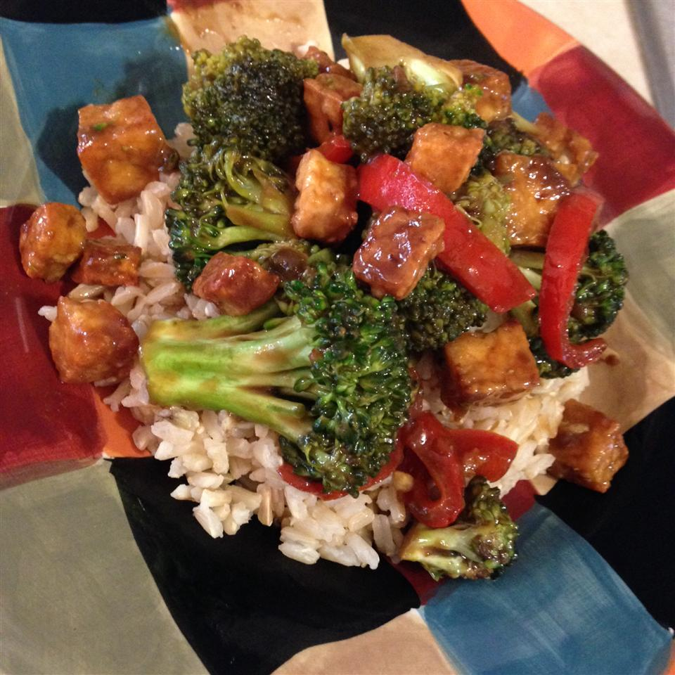 Broccoli and Tofu Stir Fry stay@homemom84