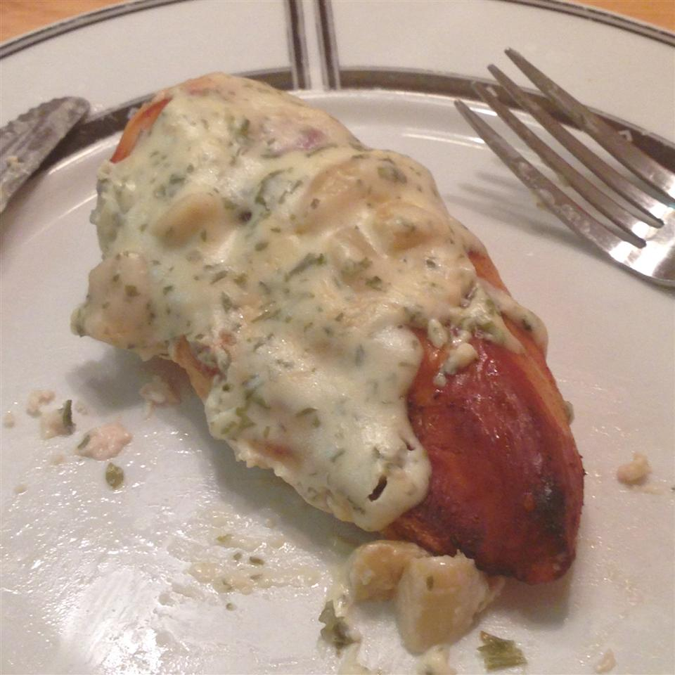Broiled Chicken with Roasted Garlic Sauce Eric