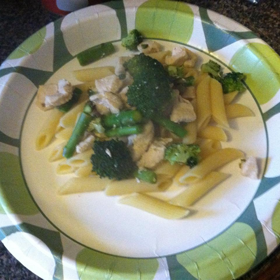 Katie's Chicken and Broccoli Pasta Jay