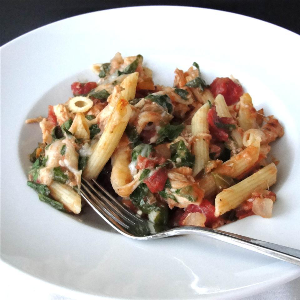 Chicken, Spinach, and Cheese Pasta Bake jr911