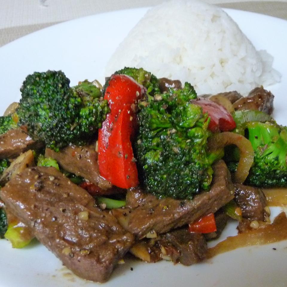Fun Karnal (Beef and Broccoli) Kraig