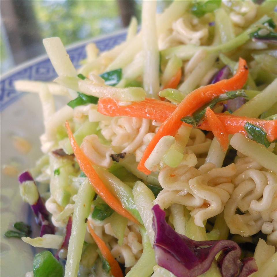 Broccoli and Ramen Noodle Salad