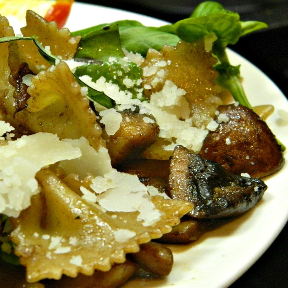 Portobello Mushroom Pasta with Basil