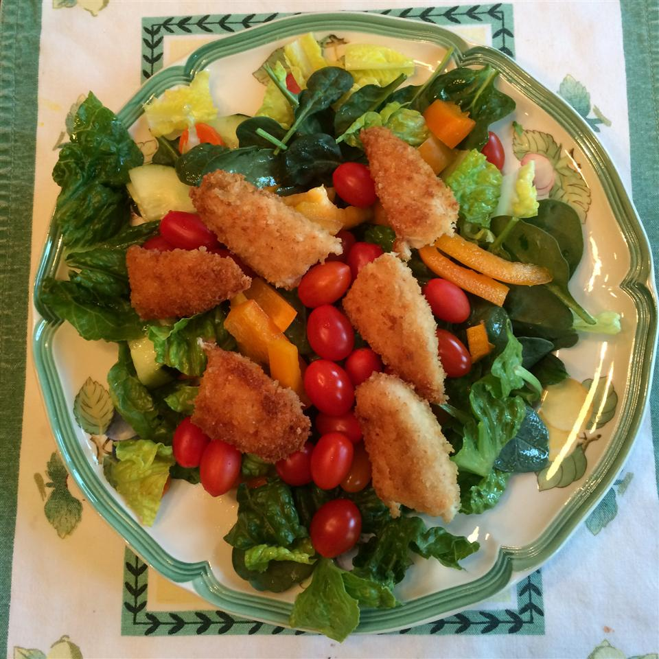 Spinach Salad with Pistachio Chicken Hunca Munca