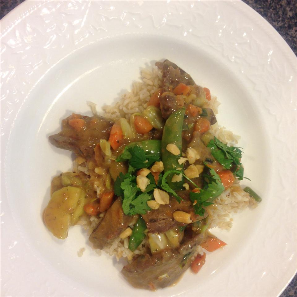 Beef Stir-Fry with Peanut Sauce ali