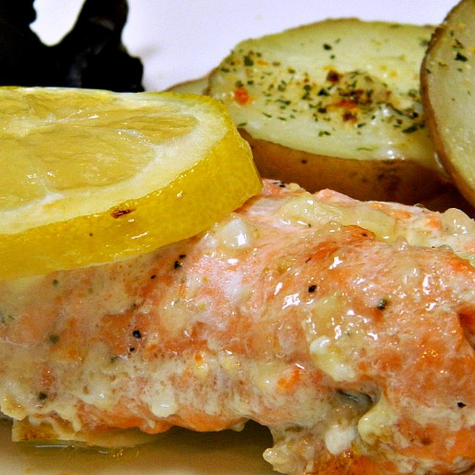 Garlic Lemon Butter Salmon
