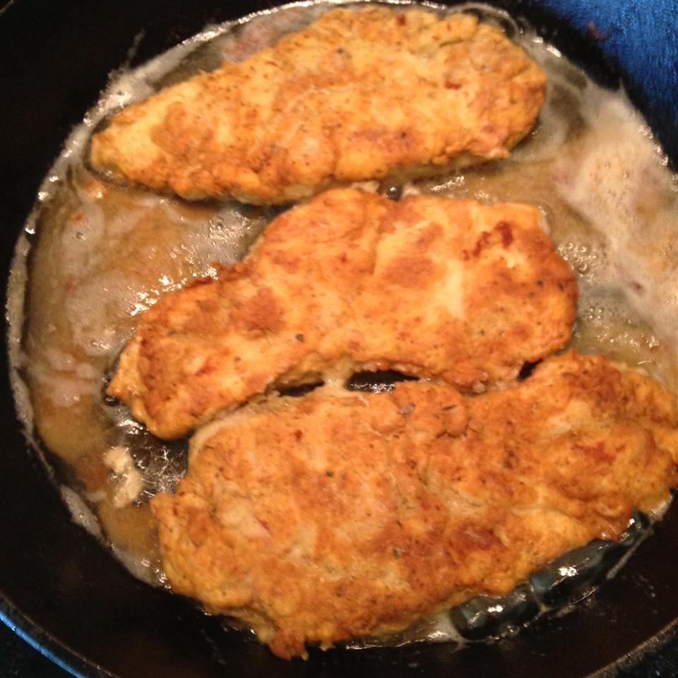 Tender Pan-Fried Chicken Breasts