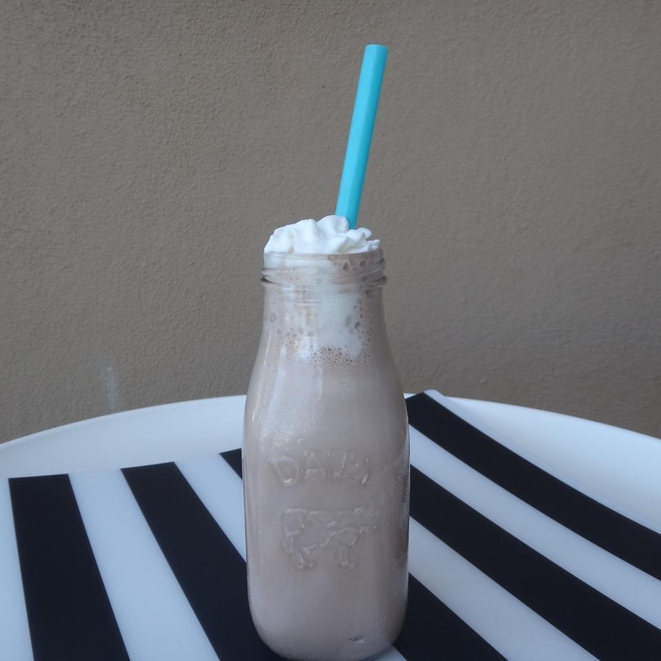 Neapolitan Malted Milkshake 3D's Mom