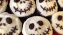 More pictures of Creepy Halloween Skull Cupcakes
