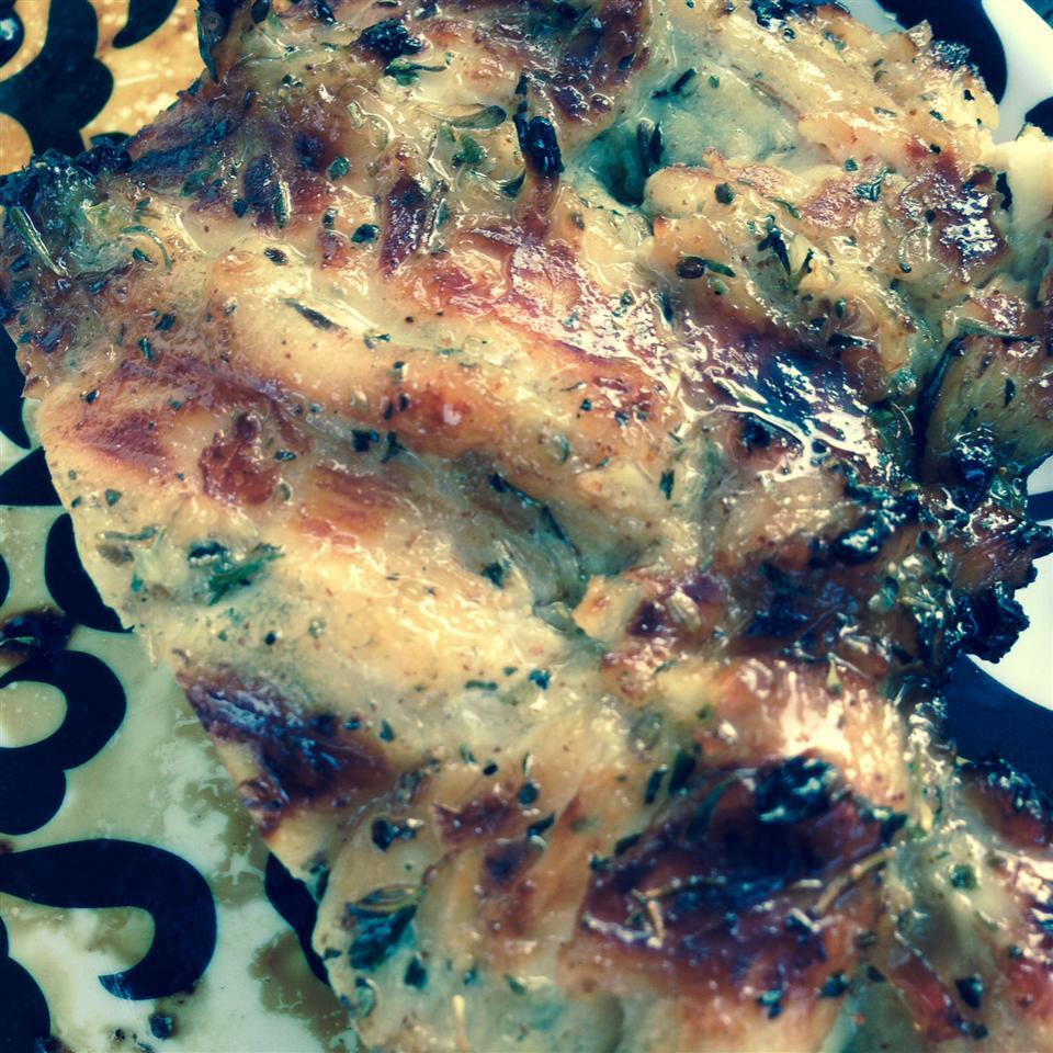 Bessy's Zesty Grilled Garlic-Herb Chicken Gina