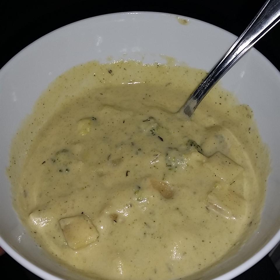 Vegan Broccoli Soup fmares000