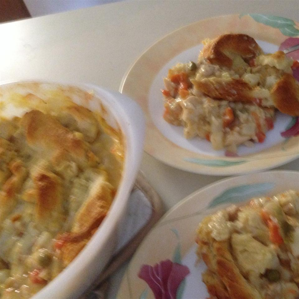 Amazingly Easy, Surprisingly Tasty Broke College Student Chicken Pot Pie Alissah