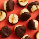 Vegan Chocolate-Dipped Frozen Banana Bites
