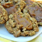Caramel Chewy Oatmeal Cookies - Oatmeal cookies topped with caramel.