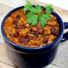 Laura's Quick Slow Cooker Turkey Chili - This is an easy chili recipe that you can throw in the slow cooker and forget about all day.  Great topped with Cheddar cheese, crushed corn chips, and a dollop of sour cream.