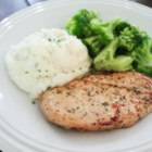 Marinated Ranch Broiled Chicken - So easy to marry chicken with the popular tang of ranch dressing--just marinate chicken in the dressing mix and broil!