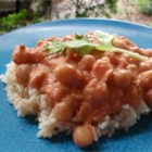 Peanut-Ginger Chickpea Curry - Quick to make and very filling combination of peanut butter and coconut milk with chickpeas and tomatoes.