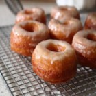 How to Make Cronuts, Part II - Part I of this series showed you how to make the dough for delicious cronuts. Now it's time to learn how to fry and  glaze your treats.