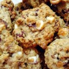 Oatmeal Cranberry White Chocolate Chunk Cookies - Oatmeal cookies using dried cranberries and white chocolate chips, or you can use chocolate chips if you wish.