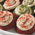 Red and Green Velvet Cookies - Nostalgic red velvet cake flavor in festive red and green cookies!