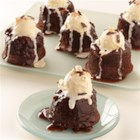Individual Chocolate-Peppermint Lava Cakes - Rich chocolate cakes with a 'molten' creamy mint center make impressive, pretty desserts.