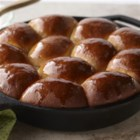 Skillet Dinner Rolls - Simple, delicious and baked in a skillet!