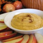 Easy Pumpkin Dip - Creamy and delicious, this pumpkin dip pairs perfectly with sliced apples and is a great addition to your autumn table.
