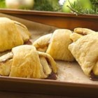Apple Pie Crescents - All the flavor of apple pie without the fuss!