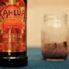 Kahlua Ginger Ale - Easy and delicious, this ginger ale and Kahlua cocktail makes a great holiday beverage.