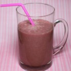 Crawford Berry Smoothie - Enjoy this smoothie packed with bananas, strawberries, flax, and agave for breakfast or on the go!