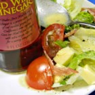 Mah's Red Wine Dressing - This is a quick and easy garlic-and-oregano vinaigrette using red wine vinegar and a bit of mayonnaise for creaminess.