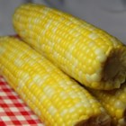 Delicious and Easy Corn on the Cob - Prepare your corn on the cob with this incredibly simple method that delivers delicious results.