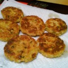 Crabless Chicken Cakes - Poultry alternative to crab cakes. Turkey may be substituted. Excellent way to use leftovers!